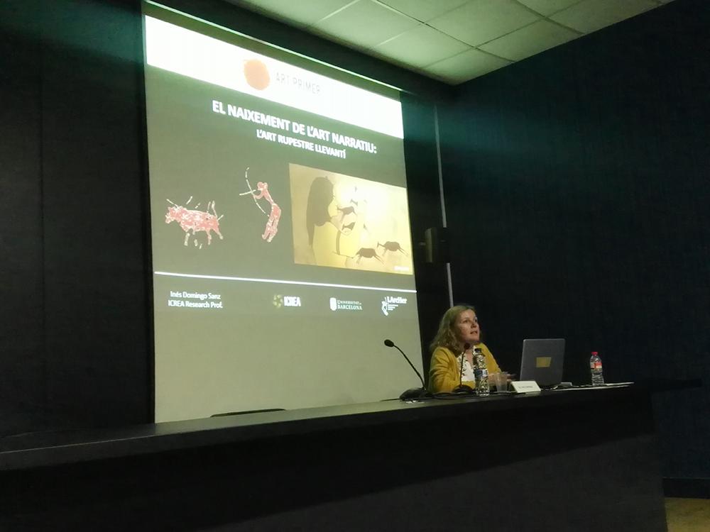"""Figura 2. Ponència d'Inés Domingo (ICREA-UB), """"El naixement de l'art narratiu: l'art rupestre llevantí"""""""