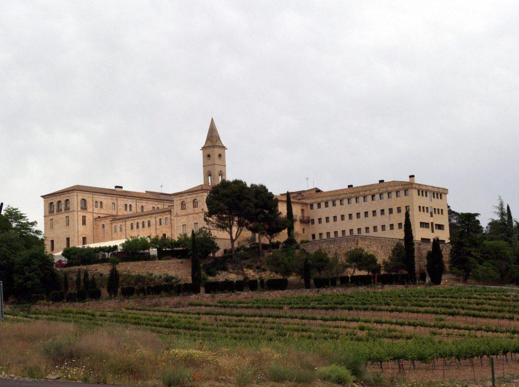 Vista actual del monestir de Santa Maria de Bellpuig de les Avellanes